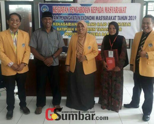 Tim FPP - UNP Genjot Perekonomian Masyarakat Gunung Rajo dengan Program Kemitraan Masyarakat