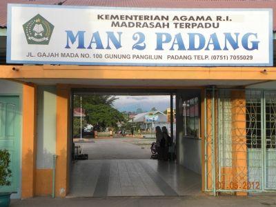MAN 2 PADANG