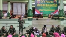 Awali Tahun Baru 2017, Prajurit TNI di Kodim 0304 Agam Ini Undang Anak Yatim dan Gelar Doa Bersama