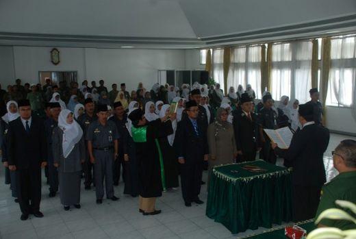Walikota Padang Panjang Lantik Pejabat dan Kepala Sekolah