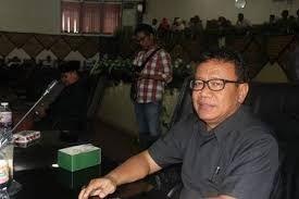 "Ketua Fraksi Perjuangan Bangsa, Wismar Pandjaitan: Program Mencetak 10 Ribu Wirausahawan, Pemko Padang Hanya ""Lips Service"