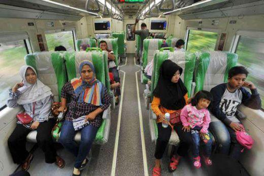 Sumbar Mulai Operasikan Kereta Api Cepat Minangkabau Express dari Kota Padang Menuju BIM