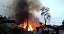 10 Bangunan, Mobil dan Sepeda Motor Hangus Terbakar di Baso
