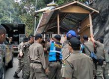 Jalan Layang Kelok Sembilan Kembali Disterilkan, Lapak Pedagang Dibongkar Tim Gabungan