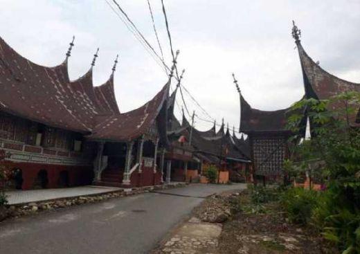 PUPR Restorasi 40 Rumah di Kawasan Seribu Rumah Gadang Solsel Sumbar dan Langsung Diresmikan Presiden Jokowi