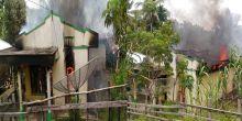 Pemilik Sedang di Sawah, Rumah Hangus Terbakar di Sijunjung