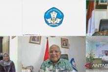 LL DIKTI Wilayah X Serahkan SK Badan Penyelenggara Stisipol dan STMIK Nurdin Hamzah