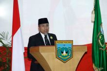 Wako Hendri Arnis Sampaikan Nota LKPJ ke DPRD Kota Padang Panjang