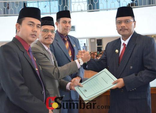 Bupati Irfendi Arbi Sampaikan Nota 3 Ranperda Pro Rakyat