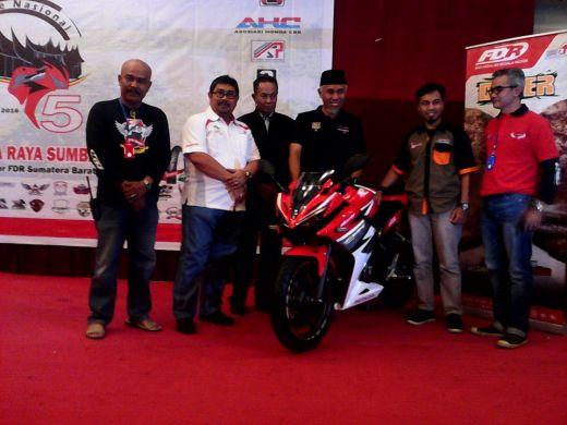 Ingin Nikmati Indahnya Ranah Minang, Ratusan Biker AHC se-Indonesia Ngumpul di Padang