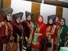 DPD RI Dorong Songket Silungkang Bisa Go International