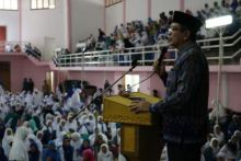 Di Depan Ribuan Jemaah, Walikota Lantik BKMT Payakumbuh