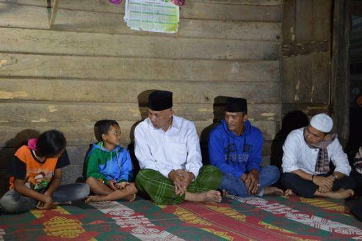 Singgah Sahur di Rumah Jasril, Walikota Padang Dengarkan Ungkapan Rindu dan Aidil