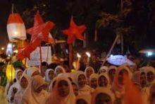 Pawai Telong-telong Semarakkan Hari Jadi Kota Padang ke-347