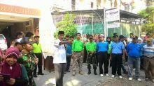 Bersihkan Drainase, Warga di Kawasan Kampuang Pondok Padang Lakukan Gotong Royong