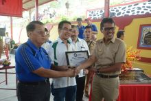 Gubernur Irwan Prayitno Resmikan Pemakaian Los Ziarah Tiongha