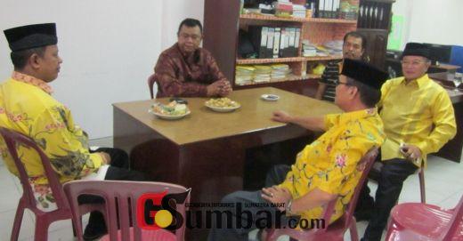 Almaisyar Mendaftar ke Golkar Disambut Hendra Irwan Rahim