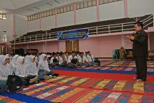 Hadapi Ujian Nasional, Siswa SMAN 2 Payakumbuh Seminar ESQ