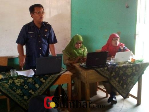 Kepala Sekolah di X Koto Diatas Solok Dilatih Bertanggungjawab Atas Semua Kegiatan Sekolah