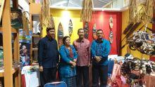 Kerajinan Khas Mentawai Jadi Primadona di Sumbar Expo 2017
