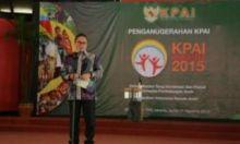 Dua Tokoh Padang Panjang Dapat Penghargaan KPAI Award 2015