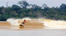 Dihempas Gelombang, Turis Australia Tewas saat Surfing di Mentawai