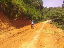 Warga Menjerit, Jalan Katialo Kabupaten Solok Rusak Parah