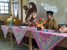 Di Sulit Air Solok, Sekolah Ajak Orang Tua Didik Anak