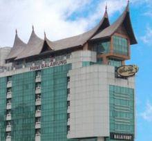 Memalukan... Hotel Balairung Milik Pemprov Sumbar Disegel karena Tak Bayar Pajak