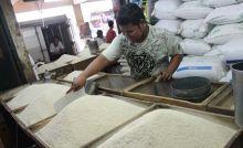 Harga Beras Premium di Padang Melonjak Naik hingga Rp3.000 per Gantang