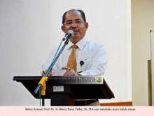 Rektor Unand: Carilah Kerja ke Seluruh Dunia, Jangan Hanya di Kampung Sendiri