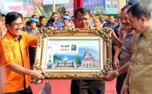 Peringati Hari Jadi Polwan ke-67, Pos Bukittinggi Launching Perangko Bergambar Monumen Polwan