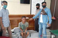 Polisi Dharmasraya Tangkap Pencuri Baterai BTS Telkomsel