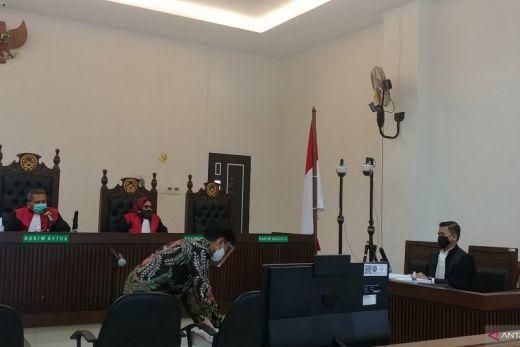 Selain Penjara dan Denda, KPK Juga Tuntut Pencabutan Hak Politik Bupati Solok Selatan Muzni Zakaria