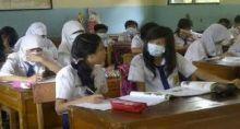 Mendikbud: Kesehatan Siswa Lebih Penting daripada Masuk Sekolah Saat Kabut Asap