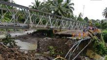Jembatan Darurat Kayu Tanam akan Diujicoba Ahad Sore Ini