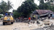 Banjir Bandang Landa Padang Laweh Malalo, Belasan Bangunan dan Ternak Hanyut ke Danau Singkarak