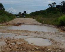 Sudah Lima Tahun Dibuka, Pembangunan Jalan Pintu Angin Kabupaten Solok Masih Terbengkalai