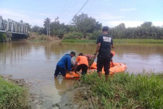 Seorang Warga Agam Tenggelam Saat Mencari Lokan di Batang Masang