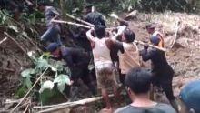Setelah 6 Hari Dicari, Akhirnya Korban Terakhir Banjir Bandang Tanah Datar Ditemukan