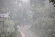 Waspada, Kabut Asap di Sumbar Mendekati Kategori Sangat Tidak Sehat