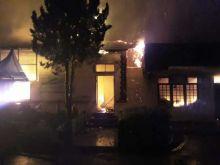 SMAN 1 Lubuk Basung Terbakar, 10 Ruangan Ludes Dilahap Api