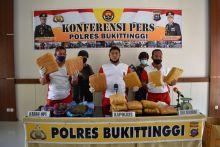 Dikendalikan dari Lapas, Warga Tengah Sawah Bukittinggi Ini Diciduk Polisi karena Miliki 15 Kg Ganja