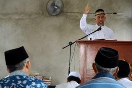 Berada di Norwegia, Walikota Padang Jadi Khatib dan Imam Shalat Jumat di Oslo