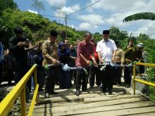 Walikota Padang: Keberadaan Jembatan Sangat Berarti Bagi Warga Sungkai