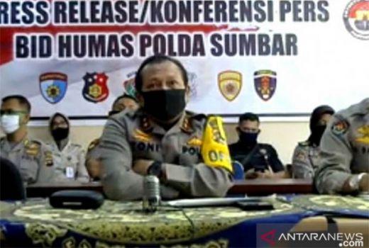 Polda Sumbar Perketat Pengawasan Media Sosial untuk Cegah Hoaks Covid-19