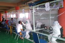 Ratusan Pedagang Pasar Raya Padang Jalani Tes Swab Tiga Hari ke Depan