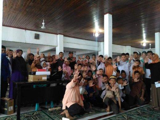 Gerilya ke Masjid-Masjid, BNN Sumbar dan Walikota Padang Ajak Siswa Perangi Narkoba