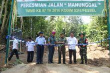 TMMD di Pesisir Selatan Ditutup, Danrem 032/Wirabara: Sukses Bangun Nagari Menjadi Lebih Baik