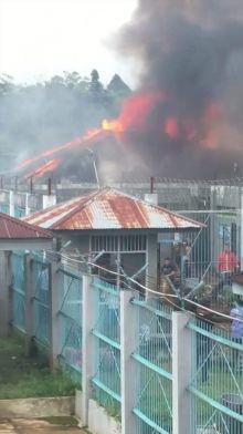 Lapas Kelas IIA Biaro Bukittinggi Membara, Empat Kamar di Blok D Hangus Terbakar